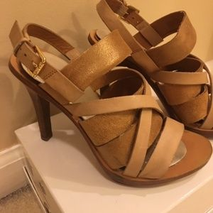 Kors Elodie Distressed Leather Heel Sandal